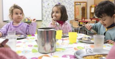 Beques menjador escolars